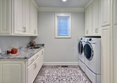 Rivers Edge Off Kitchen Laundry 2