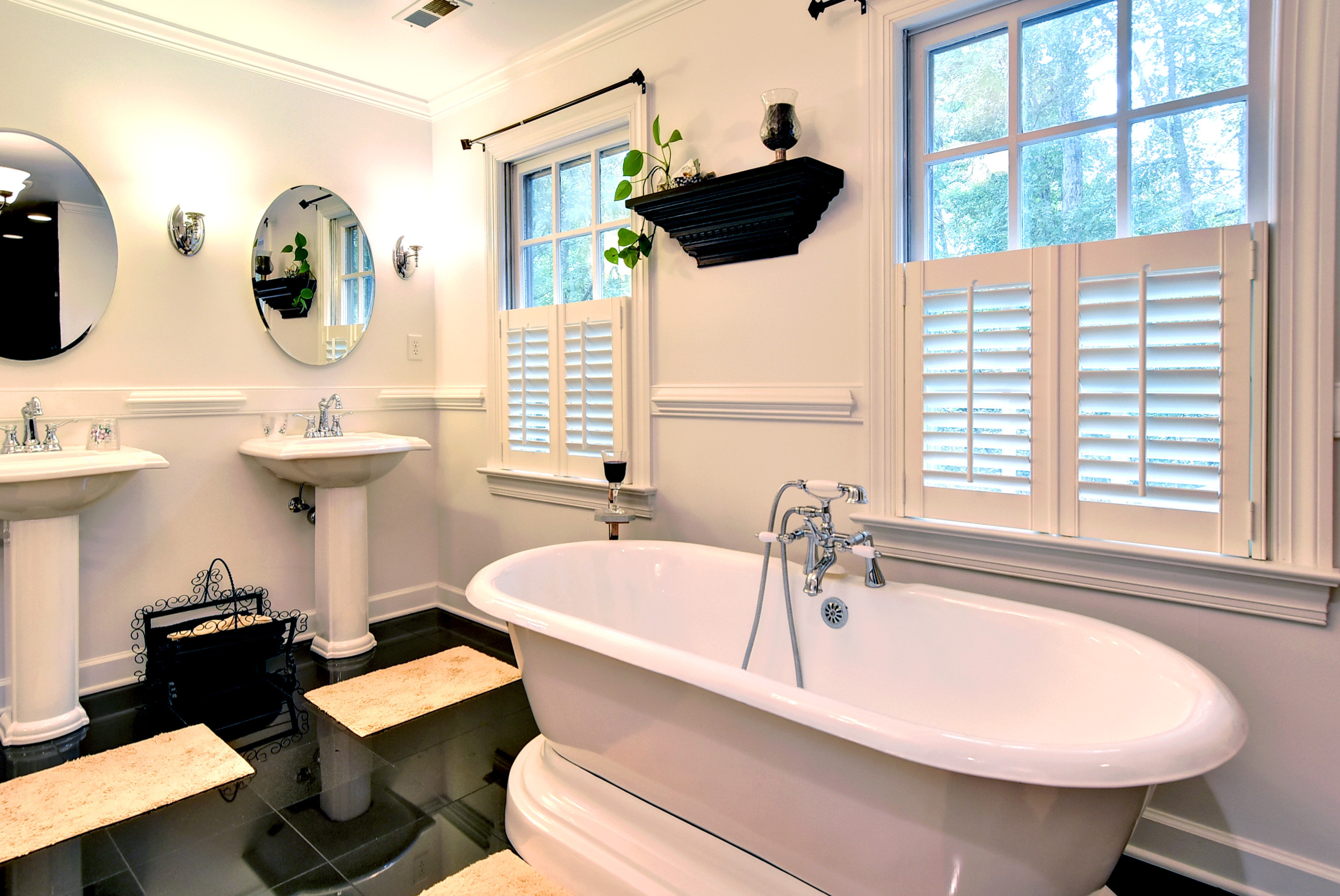 Refined relaxing home 4 life building and remodeling for Bathroom remodeling williamsburg va